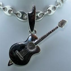 Guitare bélière corse