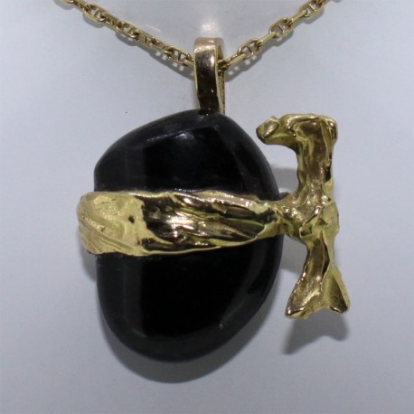Tête de maure, serpentine et bandeau or