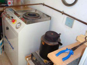 Fondeuse combinée Aurovac Big. Unité de coulée. Pompe de capacité 35m3/heure, cylindre 240 x 280 mm